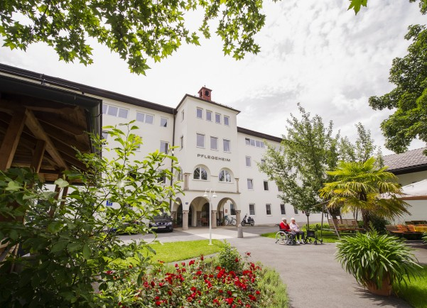Bahnhofstraße 10, 6380 St. Johann in Tirol, Österreich